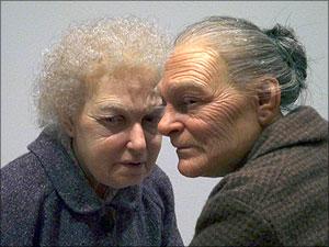 Twee roddelende vrouwen